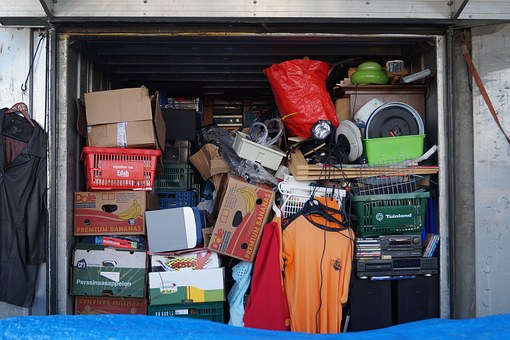 Store your belongings in storage units St. Paul
