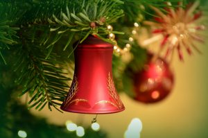 Tips for storing Christmas decorations, such as tree and bells.